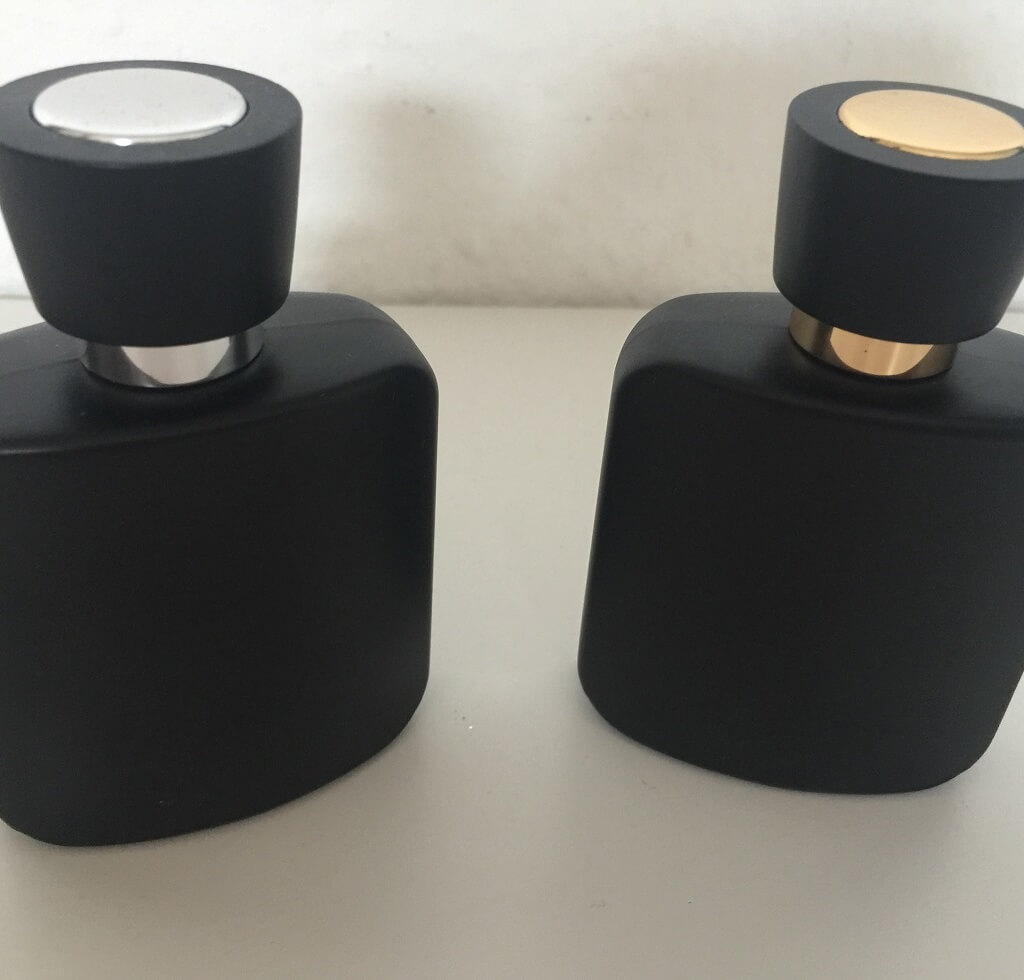 LR Parfum In the Dark Duft Set Limitiert Flakons hinten